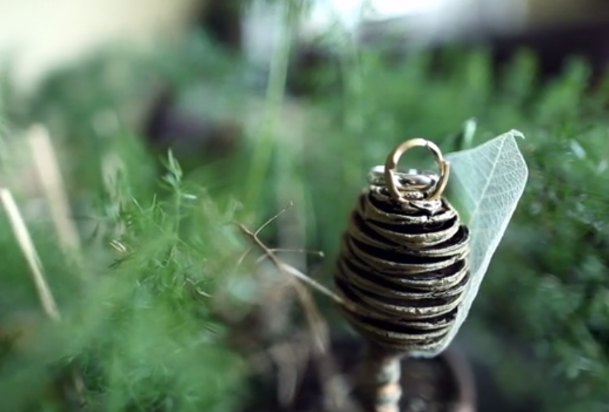 boutonniere ring holder
