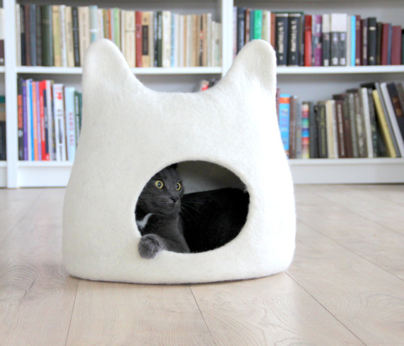 Cat bed - cat cave - cat house