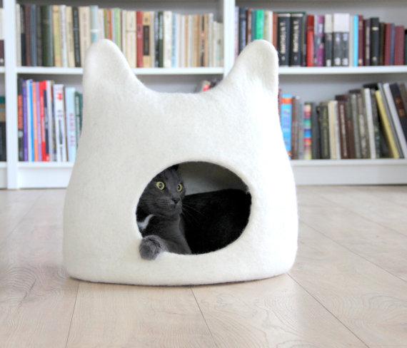 Cat bed - cat cave - cat house
